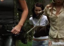 Девушки и рабыни в новом доме