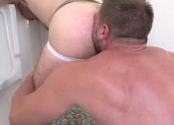 Два противных медведя горячий трах в ванной