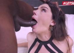 Её предел Валентина Наппи, итальянская шлюшка с большой попкой, грубый анал и трах в лицо от толстого большого черного члена