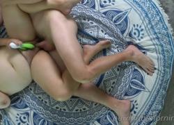Жена толстушки имеет 2 стонущих оргазма и кончает в ее волосатую киску
