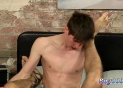 Голые французские парни-геи Люк Такс Лонг