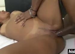 'Горячая бразильская еда в мотеле при анальном и вагинальном сексе'