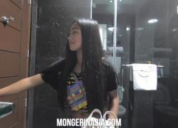 Горячая филиппинская горничная позволяет боссу кончить в нее