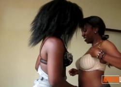 'Любительские грудастые африканские лесбиянки лижут киски'