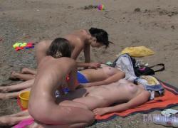 'MET ART HOLIDAY SISTERS Кандидат нудистский пляж Полная версия'