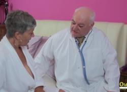 'OldNannY Три созревания в секс-клинике'