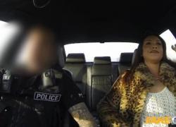 'Поддельный полицейский для защиты и обслуживания'