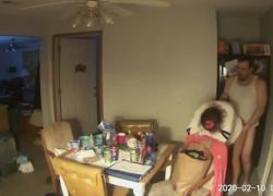 Поймали на камеру трахаться на кухне