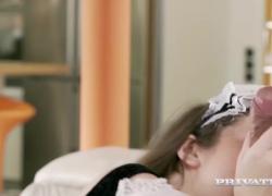 'Private com представляет горячую соблазнительную девушку Софи Керли дает трахнуть свою большую задницу'