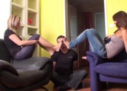 'Richie получает ступни во главе с Melady и Cindy'