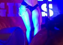 Шаткий шаткий Erosporto 2018 Briana Banderas Porn Show