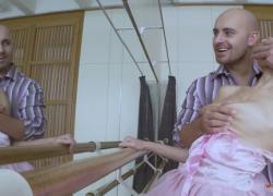 'Сладкая и стройная балерина наслаждается членом своего учителя'