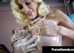 'Винтажная вагина Loving Puma Swede amp Вероника Авлув Выпекать усилитель Pussy Fuck'